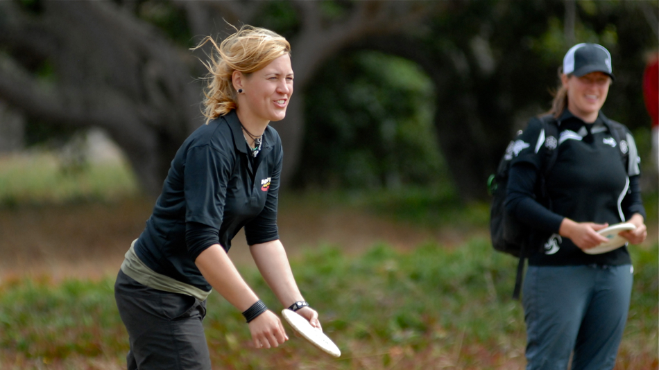 2011 PDGA Pro Worlds in California. Sweden's Camilla Jernberg was hot the first round but could not keep up.