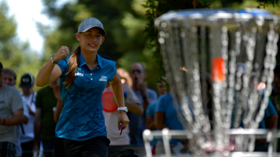 Paige Pierce (USA) hitting another putt. 2011 PDGA Pro Worlds.