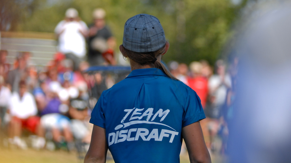 Paige Pierce (USA) on her way to the last green winning the 2011 PDGA Pro Worlds.