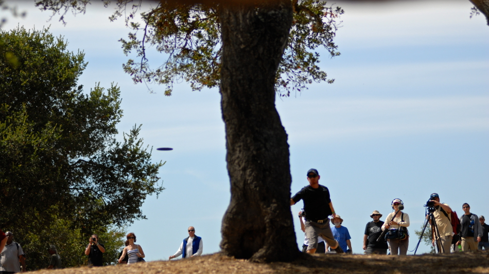 Eric McCabe (USA) hit a tree in his drive and was left with a long approach  at the 2011 PDGA Pro Worlds. Bogey.